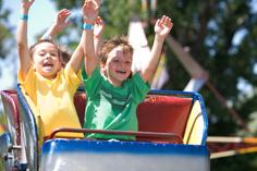 Arlington Texas Hotel Near Six Flags Over With Kids On A Roller Coaster